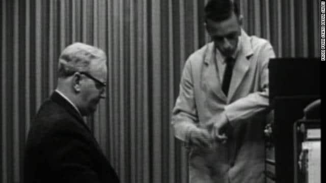 Milgram eksperiment lydighed